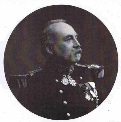 Le général Kreitmann, commandant l'École polytechnique