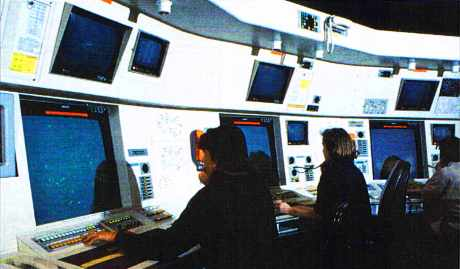 Charlesde Gaulle, tour de contrôle, salle IFR