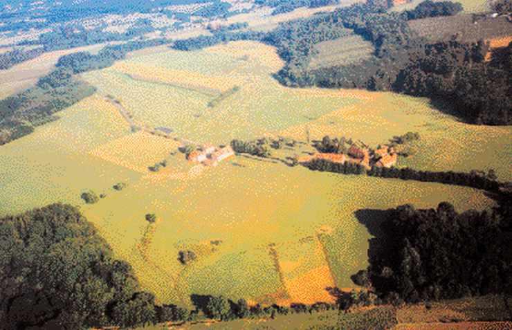 Le Puy Bartalard, les deux domaines.