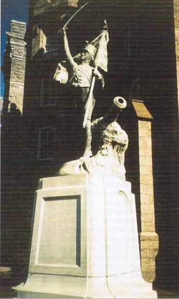 À West Point, la réplique de la statue de Theunissen inaugurée le 21 octobre 1919.