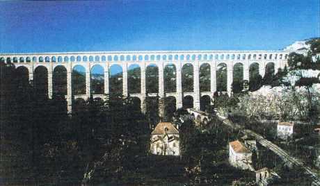 Le pont-aqueduc de Roquefavour, près d'Aix-en-Provence.
