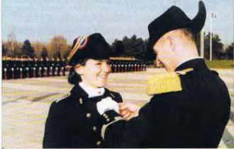 Remise de la médaille de bronze de la Défense nationale