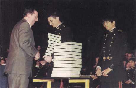 Remise du prix Poincaré aux deux majors de la promotion 97 de l'Ecole polytechnique