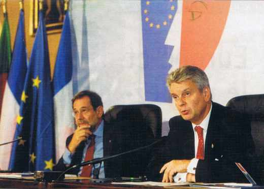 Messieurs Javier SOLANA et Alain RICHARD.