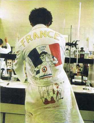 Un candidat français aux Olympiades de chimie à Leyde (Pays-Bas) en 1986.