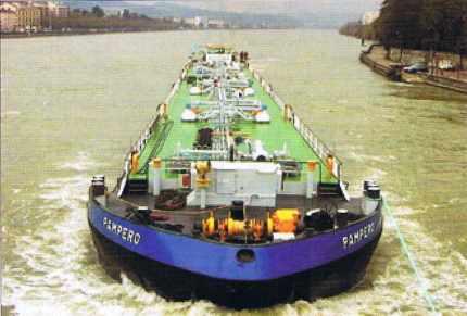 Transport par barge de matières dangereuses