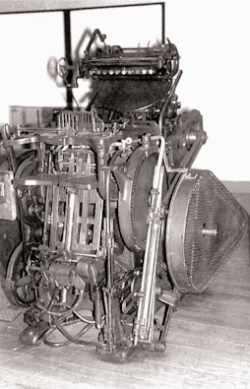 Machine d'imprimerie, maintenant au Musée de Lyon, qui servait aux petits formats et petits tirages.