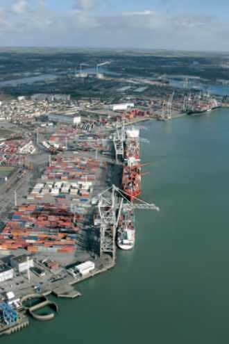 Vue aérienne du port du Havre.