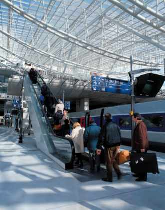 Le TGV arrive à Roissy