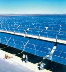 Centrale solaire dans le désert de Mojave, Californie.