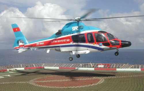 Un Eurocopter EC155B pour les services offshore de SFC.