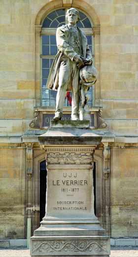 Statue d'Urbain Le Verrier