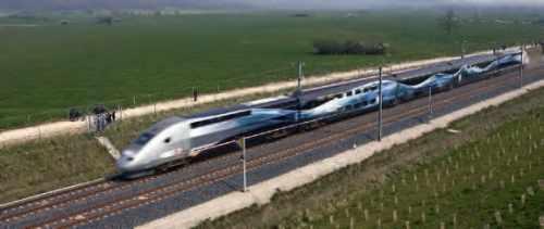Un TGV à grande vitesse