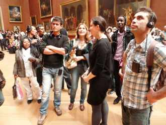 Visite au Louvre de demandeurs d'asile