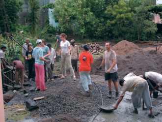 Inde-Espoir Bijapur 2004, sur le chantier