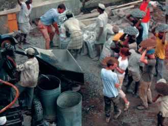 Inde-Espoir Bijapur 2004, construction de l'école