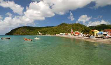 Plage de La Martinique pouvant être inondée par la remontée du niveau des eaux