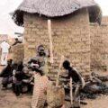 La vie au village de NOGO, Burkina Faso, été 2001.