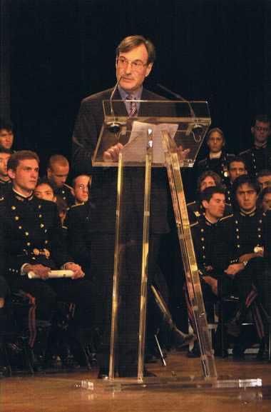 Yannick d'Escatha, président du Conseil d'administration de l'École depuis le 2 mai 2001