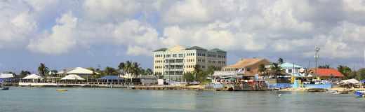 Plage des Îles Caïman, un paradis fiscal