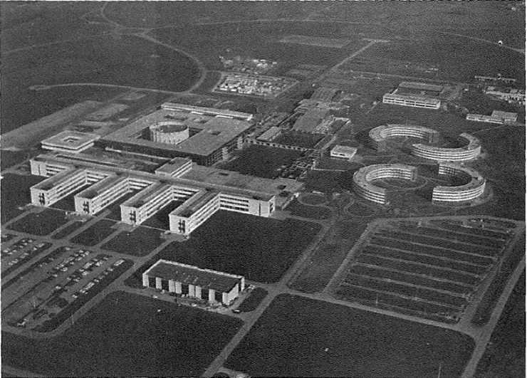 L'école polytechnique à Palaiseau