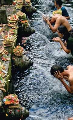 Bains publics en Indonésie