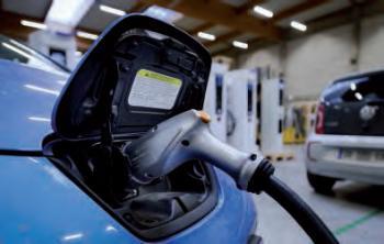 Prise pour recharge de véhicule électrique