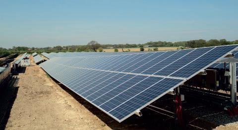 Royaume-Uni – IKAROS : réalisation de trois centrales photovoltaïques dans le sud du pays par SPIE