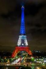 La Tour Eiffel en bleu blanc rouge après les attenttats
