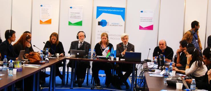 Conférence sur la géographie du cyberespace.