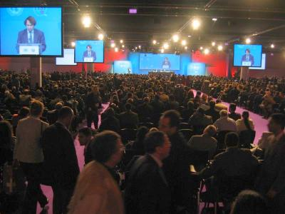 Le sommet mondial sur la société de l'information (SMSI) à Tunis