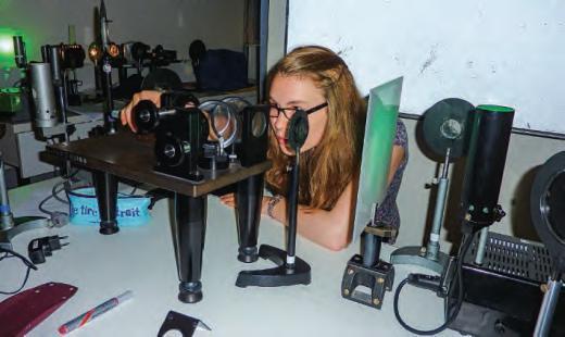 élève en sciences expérimentales
