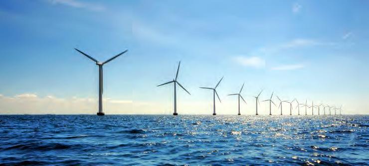 Champ d'éoliennes en mer