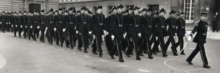 Présentation au drapeau de la promotion 1973