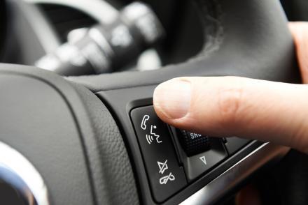 Commande téléphone mains libres