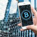 Des bitcoins sur un smartphone
