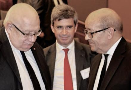 Participants au colloque CAIA Jean-Yves Le Drian; Bruno Angles et Laurent Collet-Billon