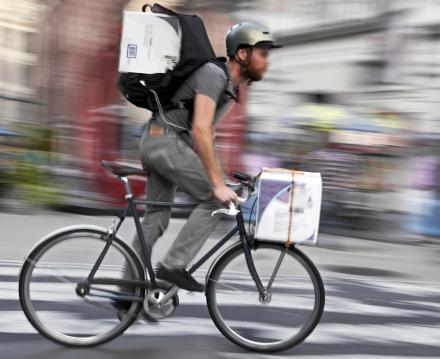 Livraison de colis en vélo