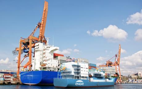 Le navire ravitailleur en gaz naturel liquéfié d'Engie.