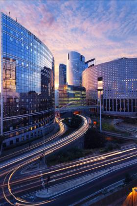 Trouver du travail à Paris avec LinkedIn