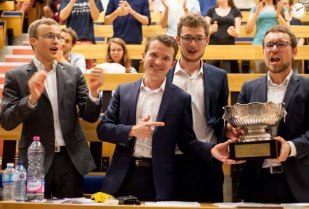 Victoire de polytechnique à la Coupe de débats 2017