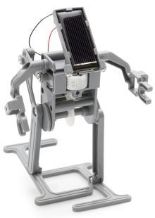 Robot humanoïde fonctionnant à l'énergie solaire