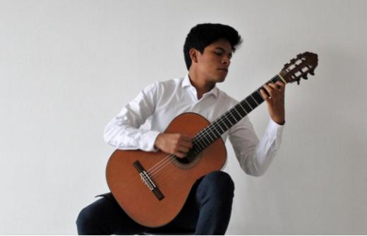 Omar Nicho (Pérou) guitariste du CNSM