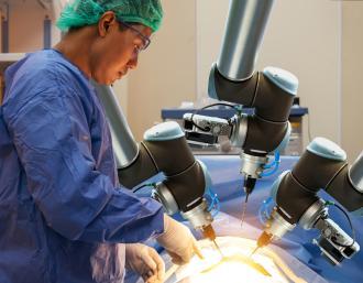 Chirurgie par robots