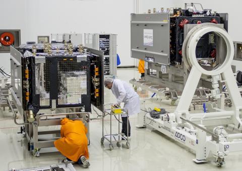 Préparation d'un satellite Galileo