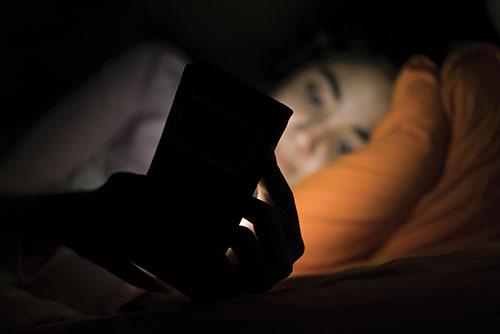 Ecrans et manque de sommeil
