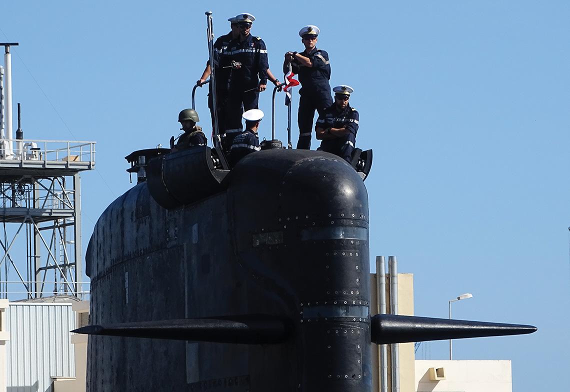 Les X dans les armées, exemple dans un sous-marin