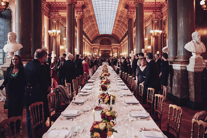 Dîner de galadans la galerie des Batailles du château de Versailles