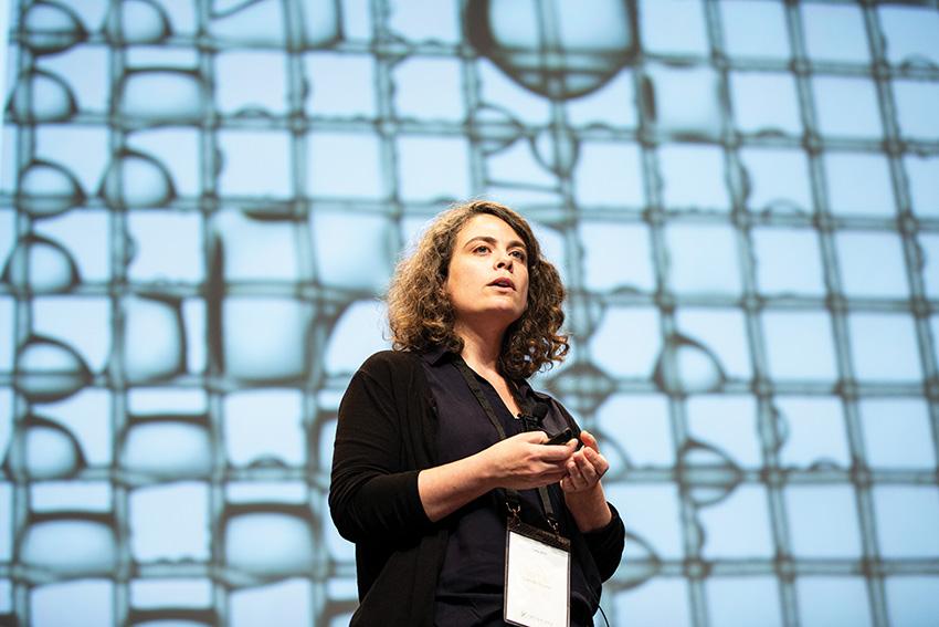 Camille Duprat lors du colloque de l'École polytechnique sur le développement durable
