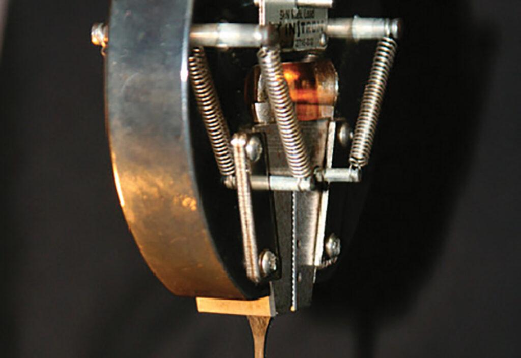 Mécanique des solides : la modélisation du comportement des polymères, aide à l'innovation